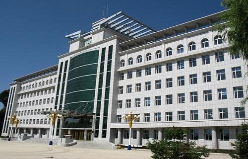 郑州市财税学校